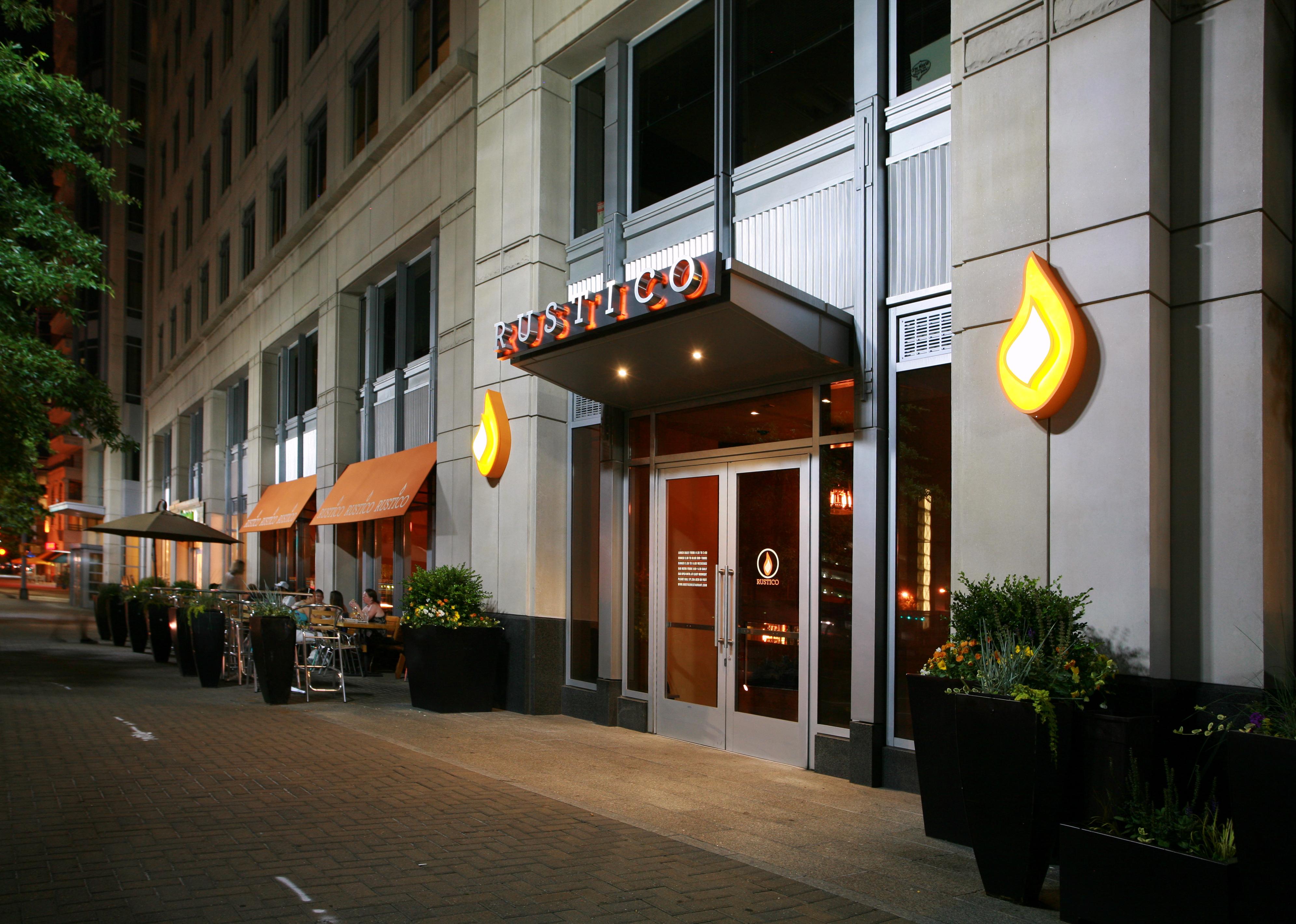 Rustico Restaurant Bar Arlington Va